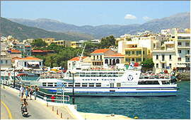 Agios Nikolaos: Hafen und Dikti-Gebirge