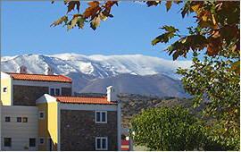 Anogia: Delina-Hotel und Ida-Gebirge